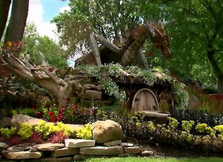Montreal's Hobbit garden, picture from www.mtlblog.com