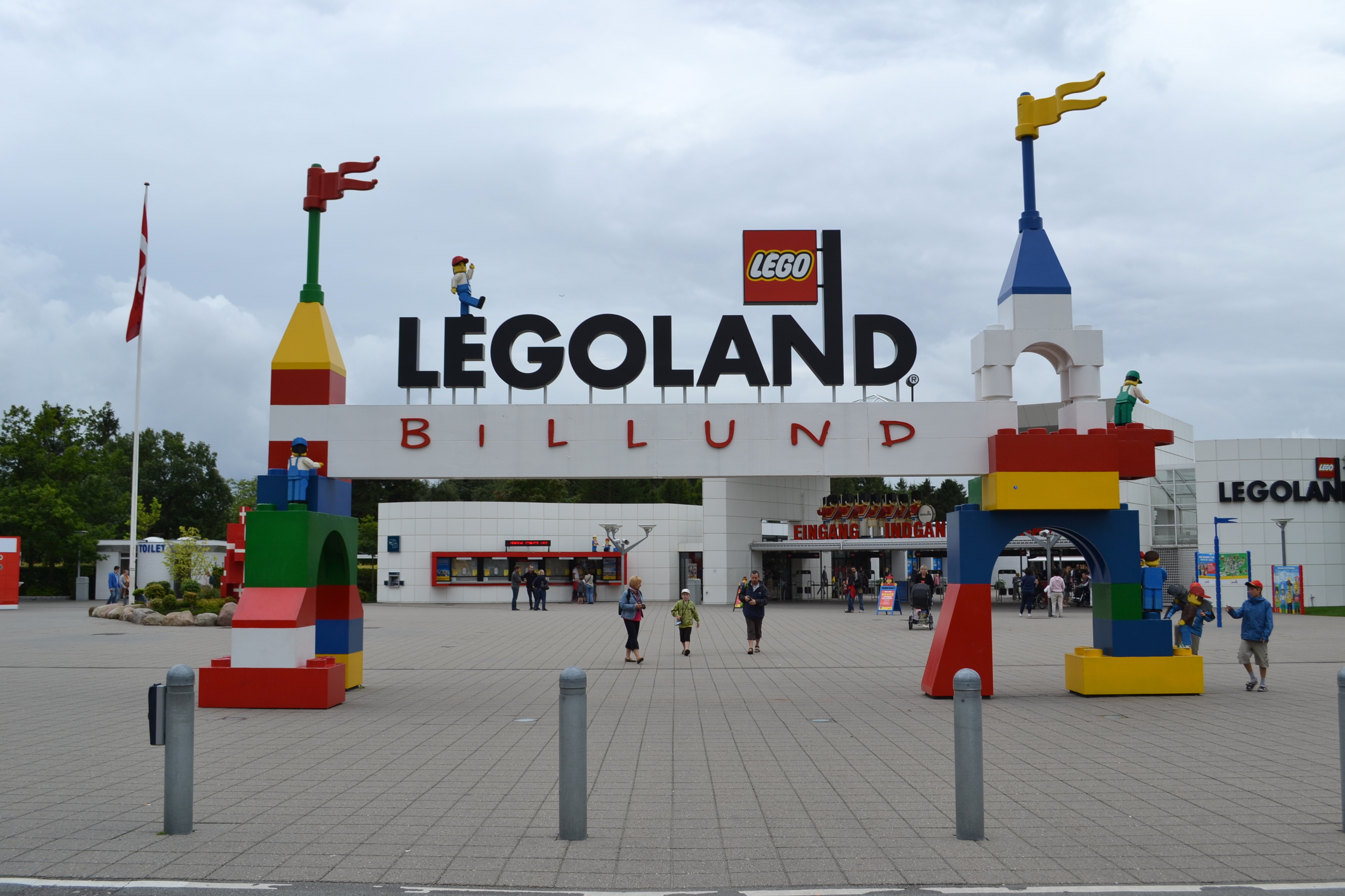 Legoland image from here.