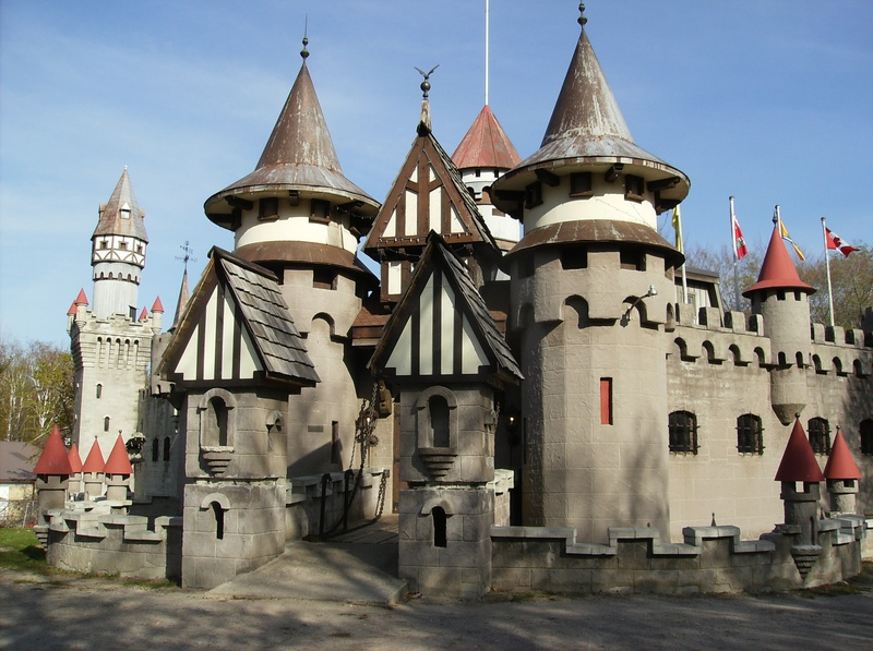 The front of the castle in Midland. Image from www.midland.ca